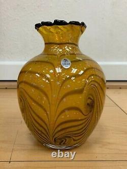 Fenton Cut Flowers Vase